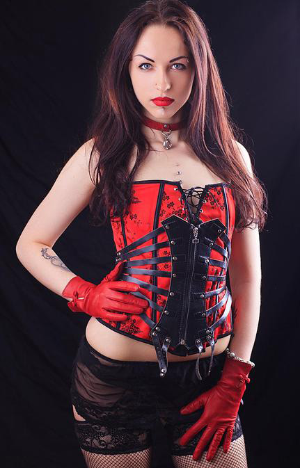 London-Professional-Dominatrix-Marquisa-de-Sade
