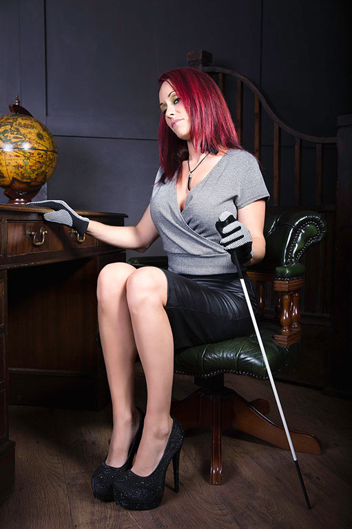 UK-Mistress-Angelica-Andrews