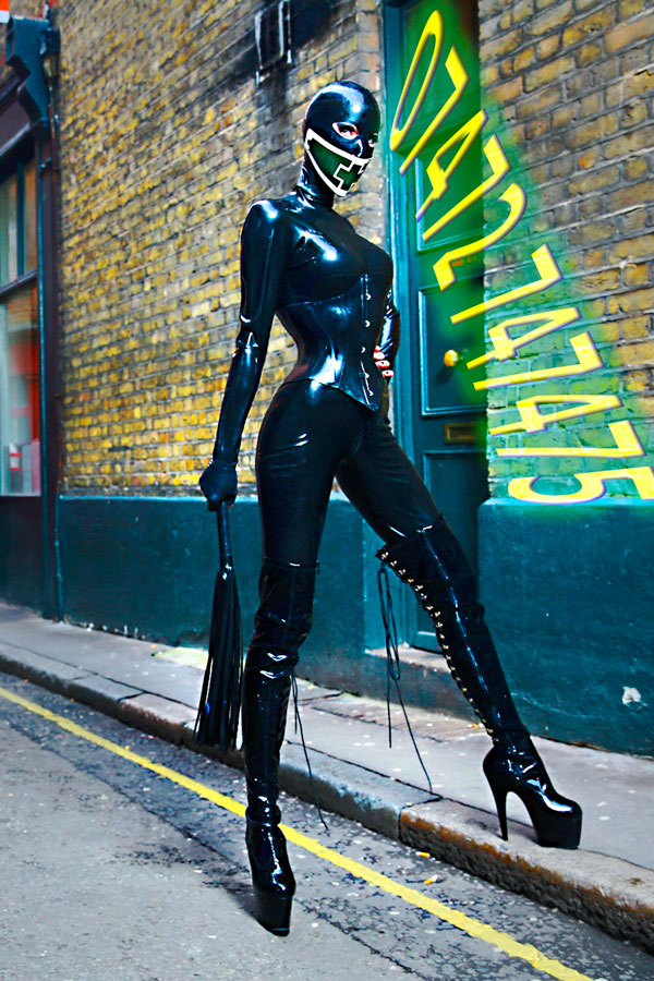 London-Mistress-Morana-Rubber-Catsuit