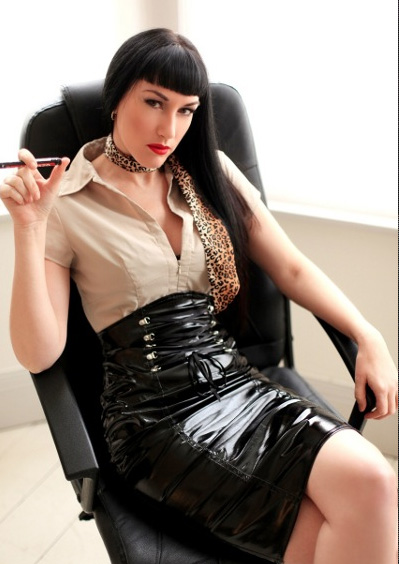 london-mistress-goddess-cleo