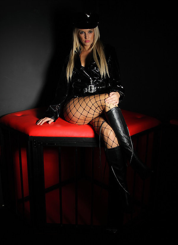 london-mistress-princess-mckenzie