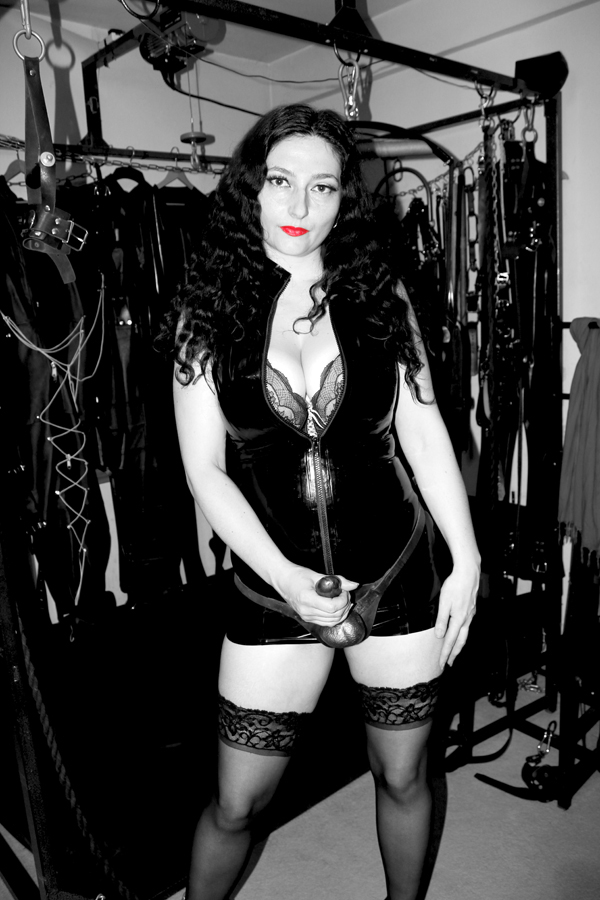 london-mistress-clarissa
