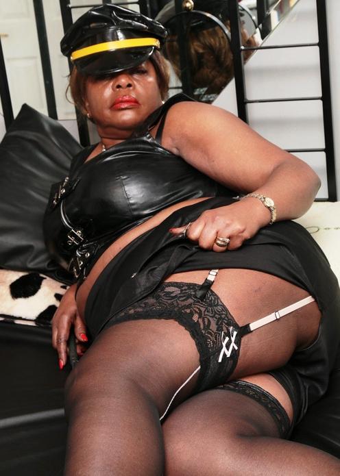 black-london-mistress-goddess-dionne
