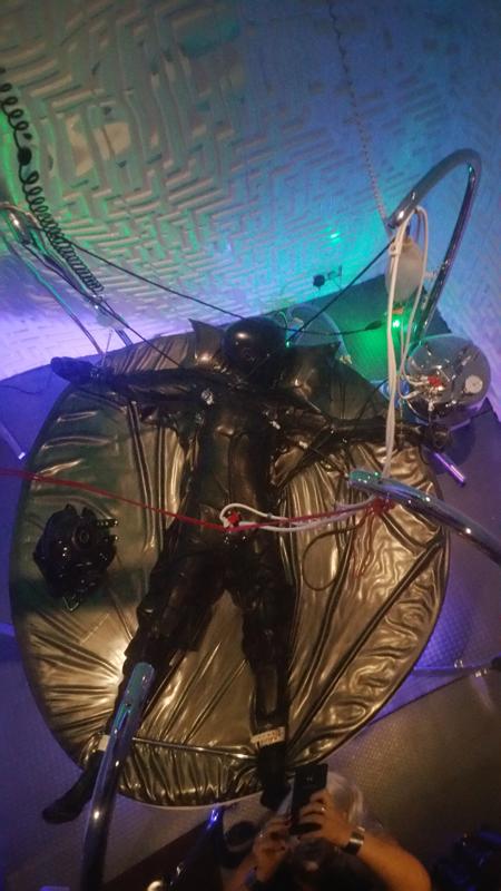 london-mistress-annabel-rubber-bondage-mistress