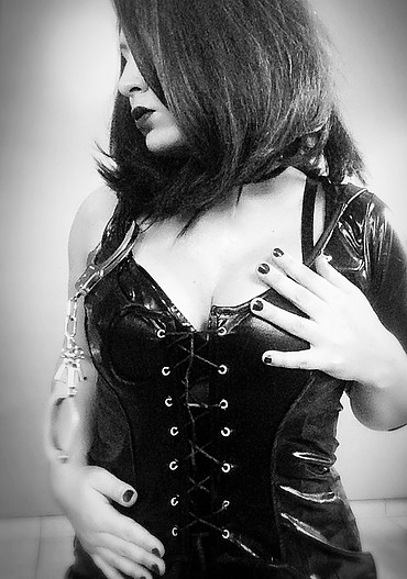 london-mistress-le-loup