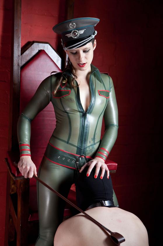 london-mistress-pip
