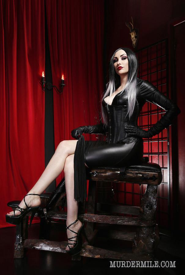 London-Mistress-Goddess-Lamia