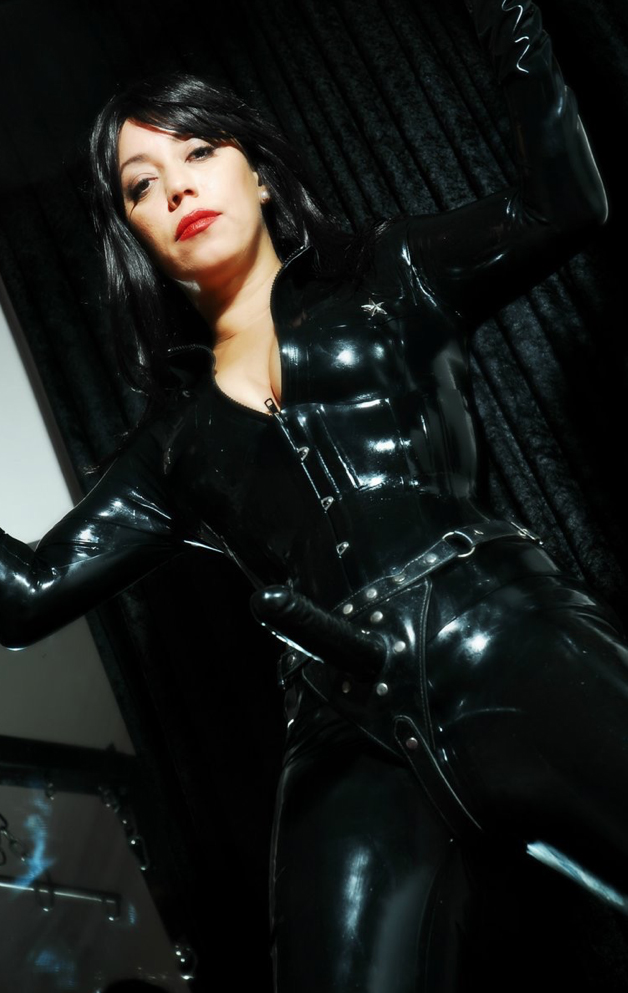 Domination mistress strapon